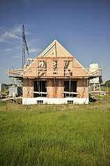 Haus im Rohbau, noch unfertig