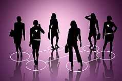 Business Frauen in Verbindung, illustriert auf pinkem Hintergrund