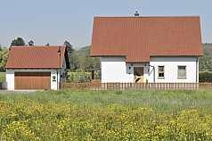 Einfamilienhaus, Wiese