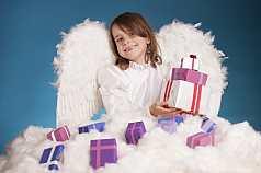 IPTC CAPTION-Field: Mädchen als Weihnachtsengel verkleidet