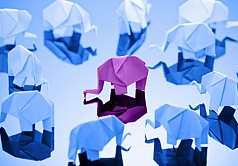 Origami, Elefanten aus Papier gefaltet
