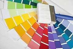 Farbpaletten mit Pinsel