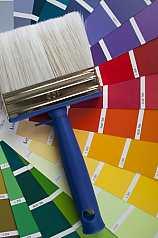 Pinsel mit Farbpaletten